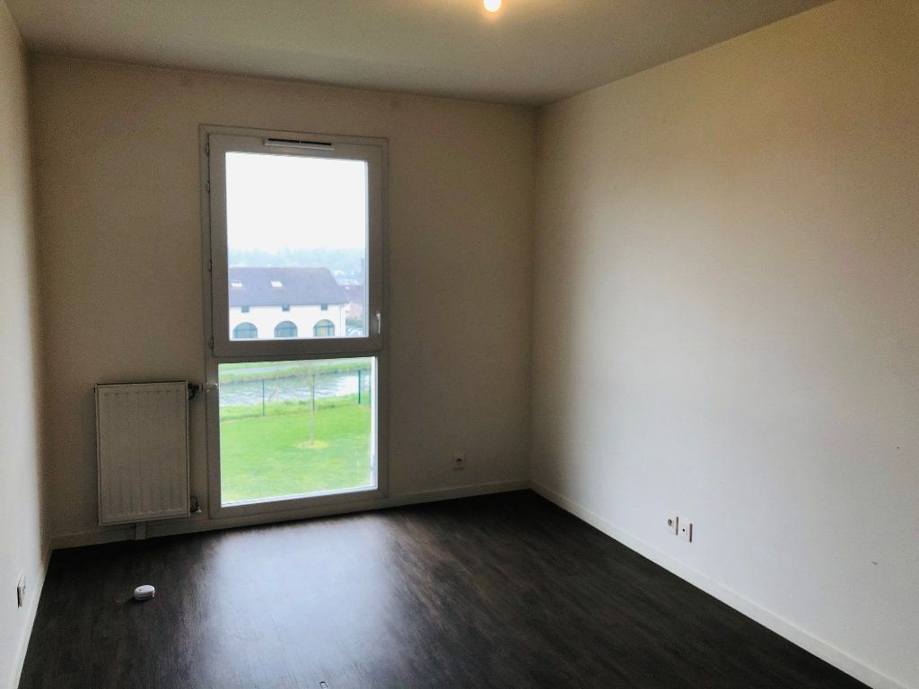 Appartement à louer 4 74.25m2 à Villenoy vignette-6