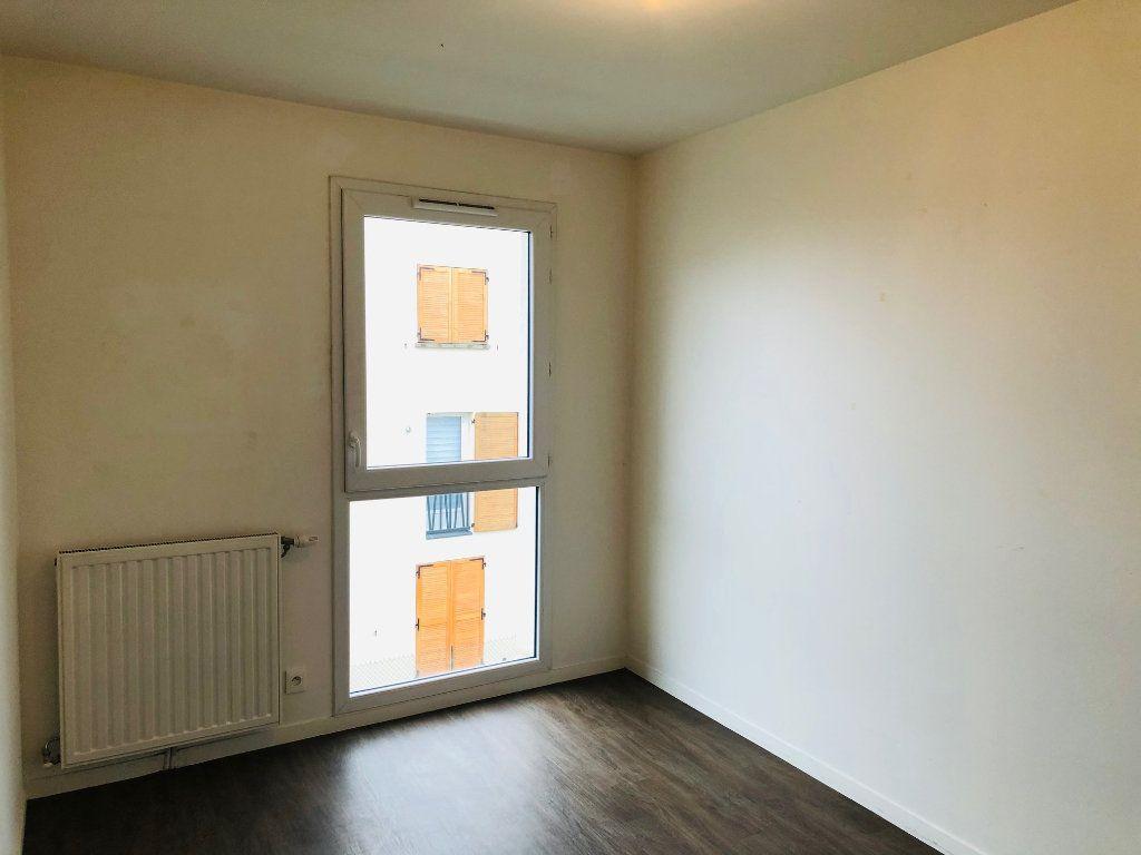 Appartement à louer 4 74.25m2 à Villenoy vignette-7