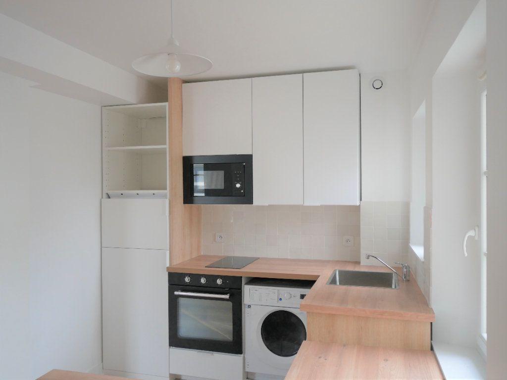 Appartement à louer 2 30.52m2 à Meaux vignette-1