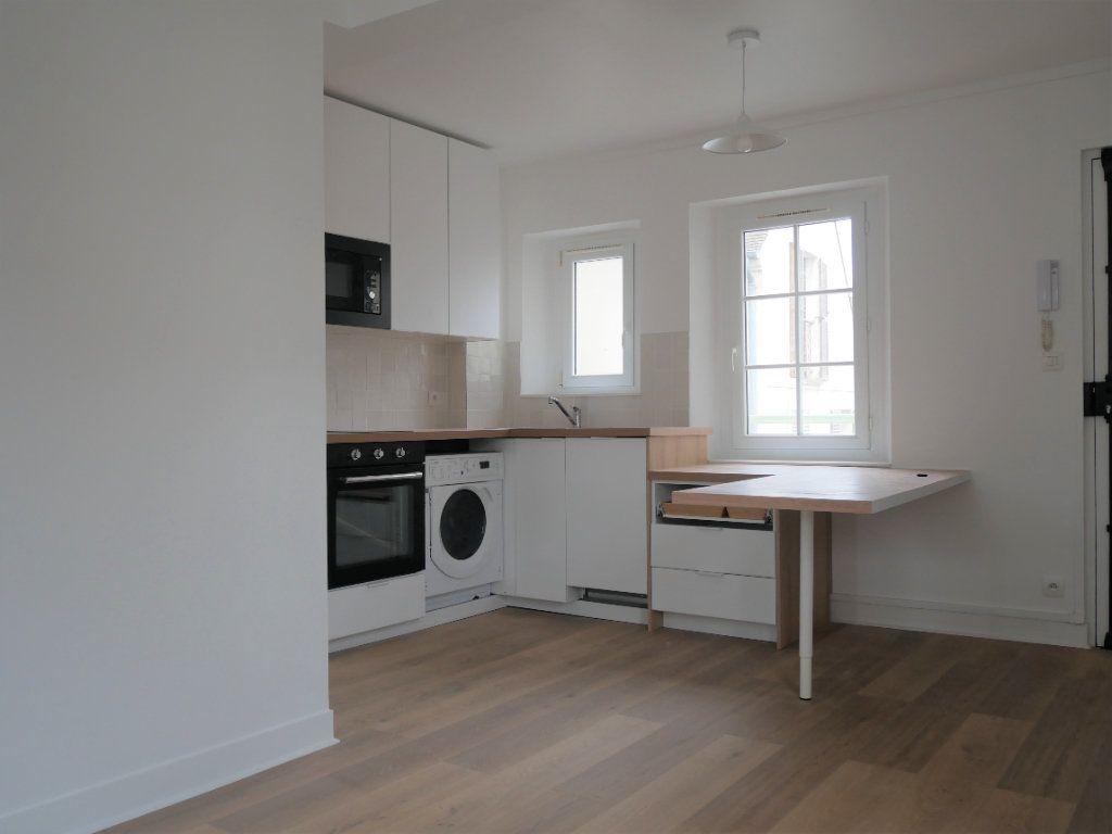 Appartement à louer 2 30.52m2 à Meaux vignette-3
