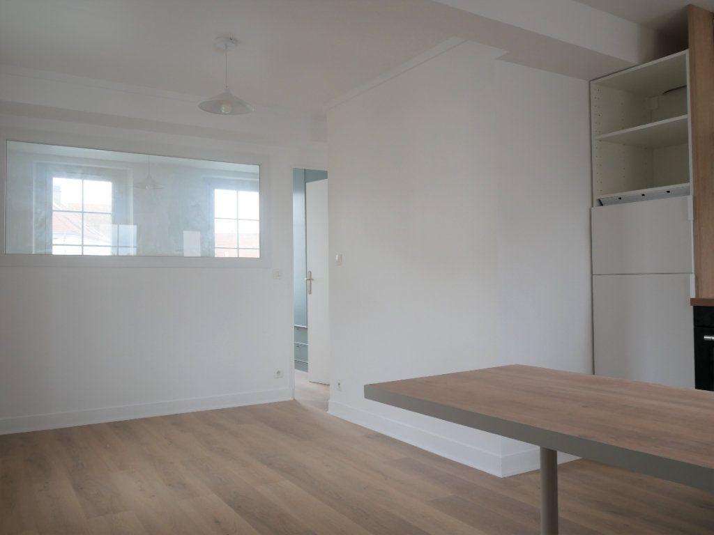 Appartement à louer 2 30.52m2 à Meaux vignette-4