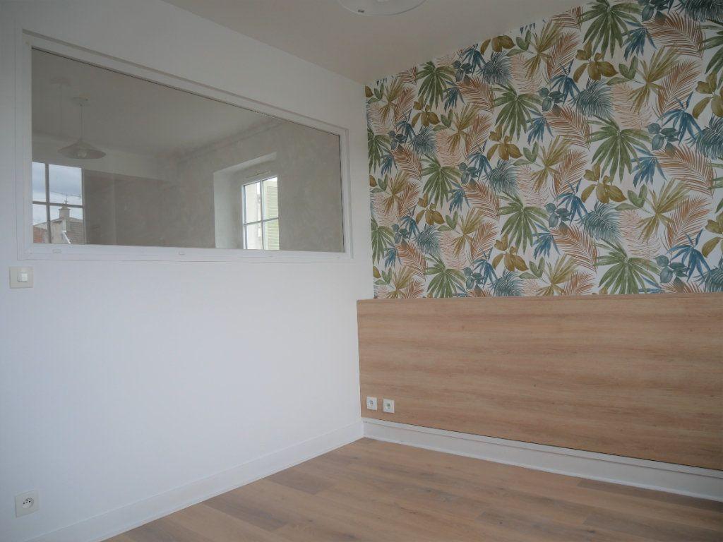 Appartement à louer 2 30.52m2 à Meaux vignette-5