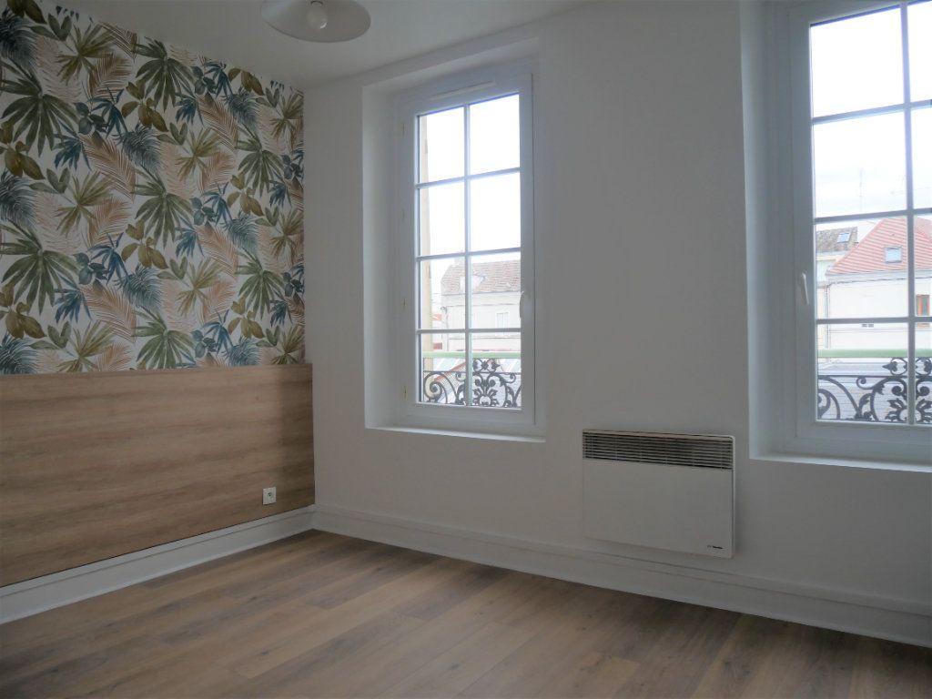 Appartement à louer 2 30.52m2 à Meaux vignette-6