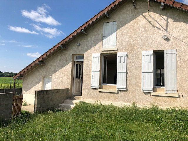 Maison à louer 3 57.57m2 à Gesvres-le-Chapitre vignette-2