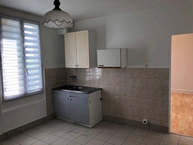 Maison à louer 3 57.57m2 à Gesvres-le-Chapitre vignette-6