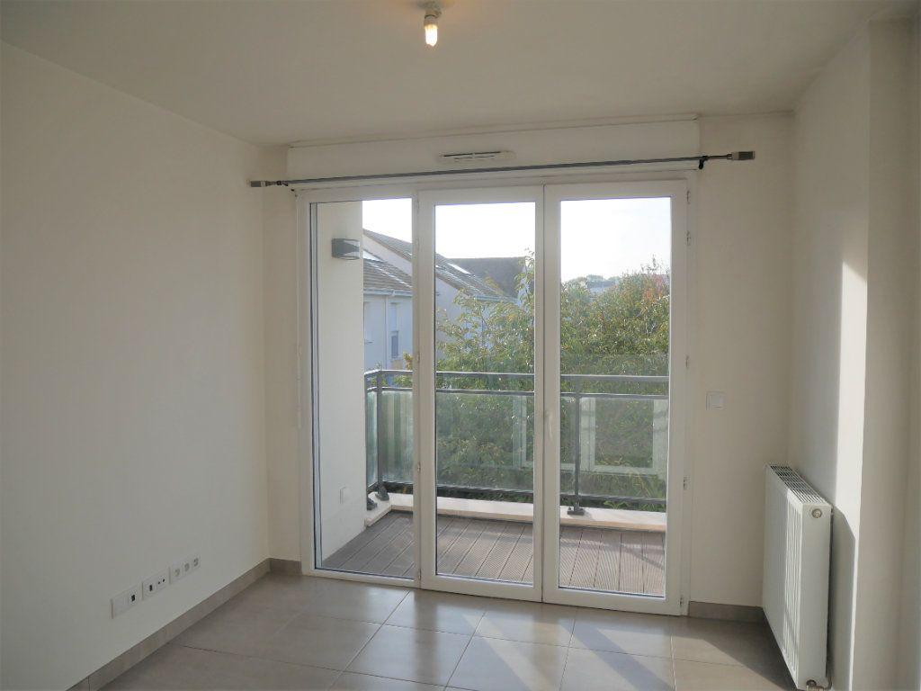 Appartement à louer 2 33.78m2 à Meaux vignette-2