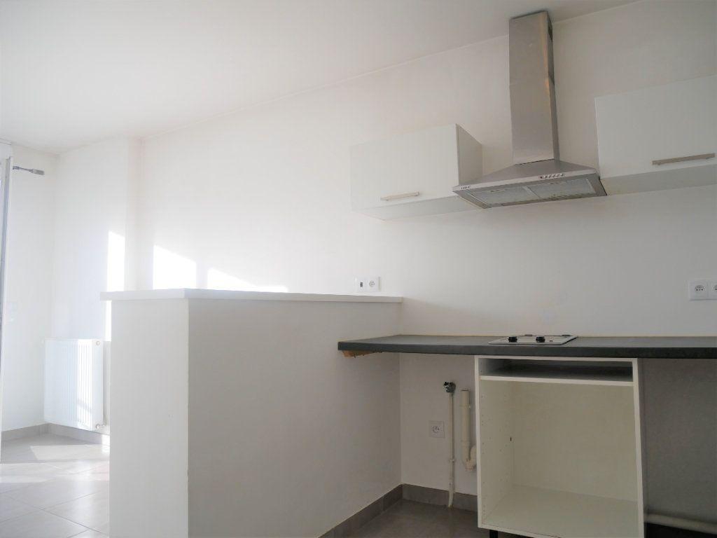 Appartement à louer 2 33.78m2 à Meaux vignette-5