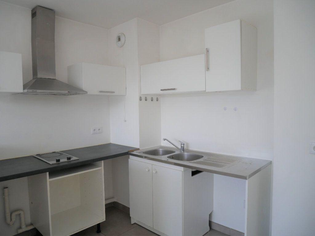 Appartement à louer 2 33.78m2 à Meaux vignette-6
