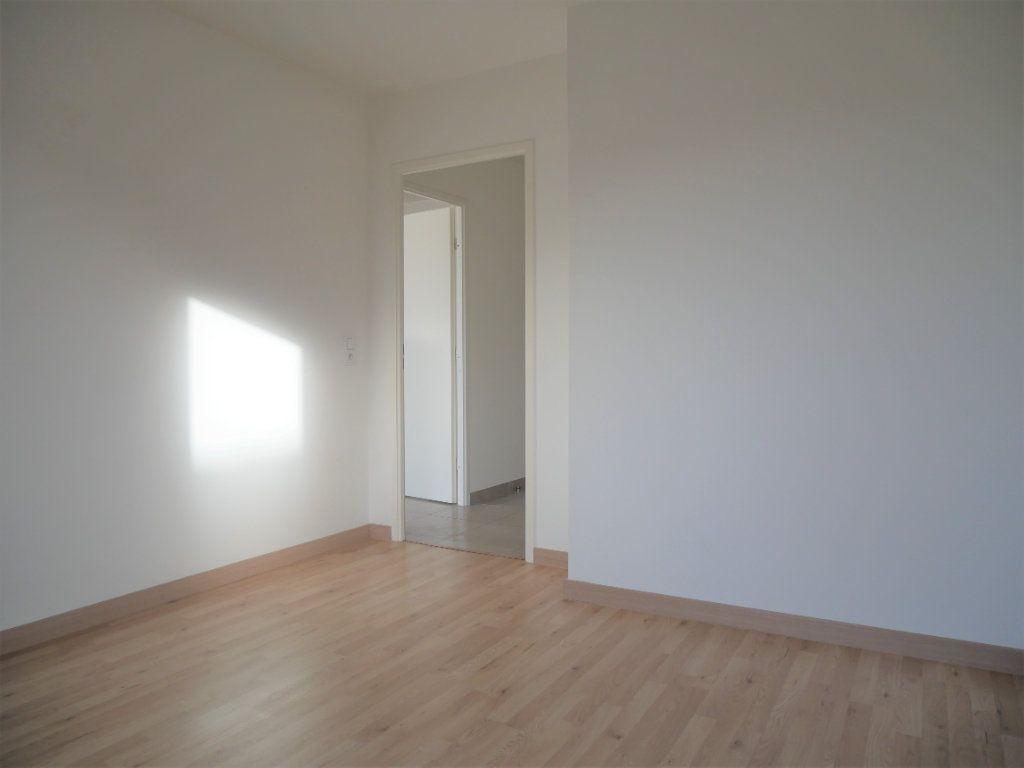 Appartement à louer 2 33.78m2 à Meaux vignette-9