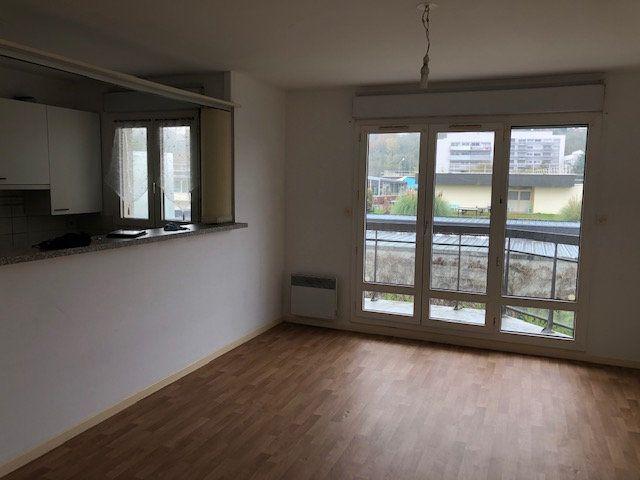 Appartement à louer 2 46.47m2 à Meaux vignette-1
