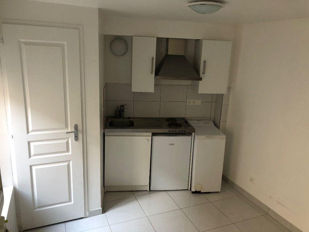 Appartement à louer 1 14.16m2 à Meaux vignette-2