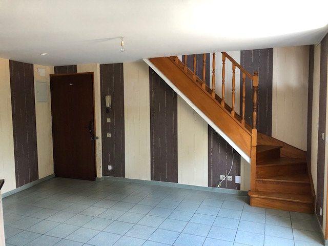 Appartement à louer 2 35.01m2 à Pommeuse vignette-2