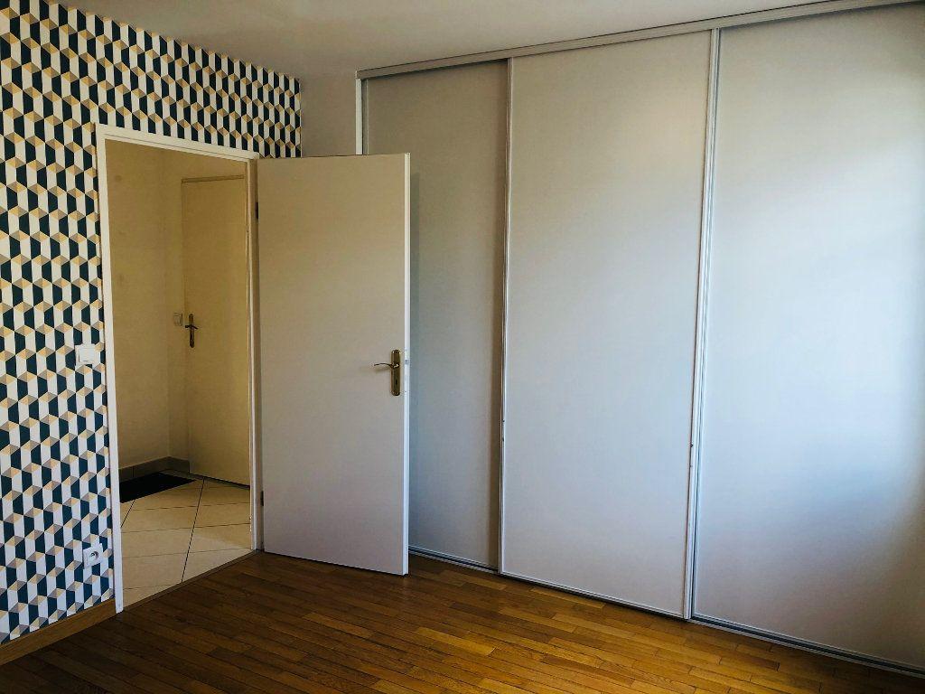 Appartement à louer 4 95.24m2 à Meaux vignette-7