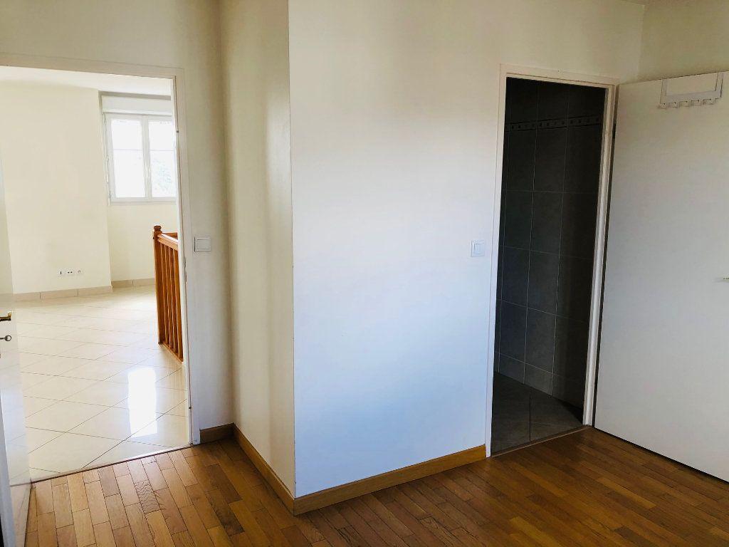Appartement à louer 4 95.24m2 à Meaux vignette-8