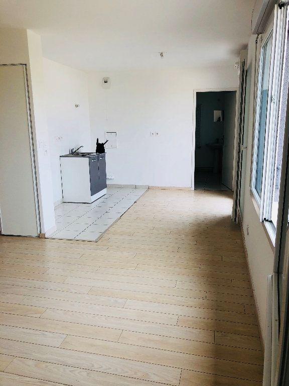 Appartement à louer 1 41m2 à Villenoy vignette-2