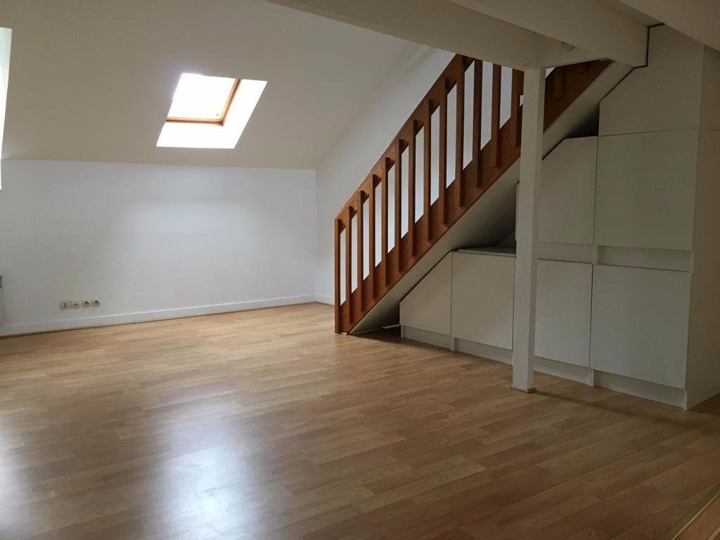 Appartement à louer 4 68.15m2 à Meaux vignette-2