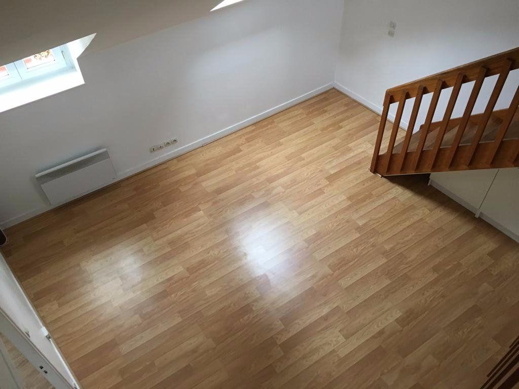Appartement à louer 4 68.15m2 à Meaux vignette-5