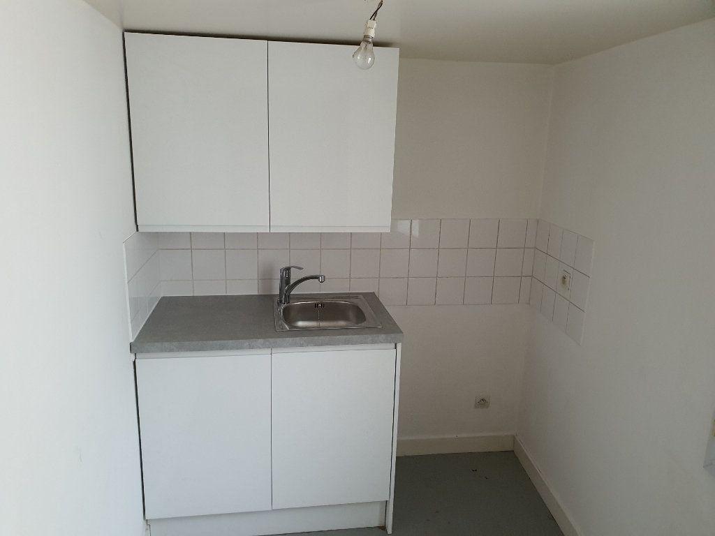 Appartement à louer 3 40.51m2 à Meaux vignette-5