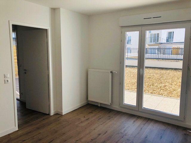 Appartement à louer 2 47.75m2 à Nanteuil-lès-Meaux vignette-5