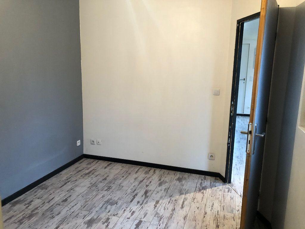 Maison à louer 3 60m2 à Meaux vignette-15