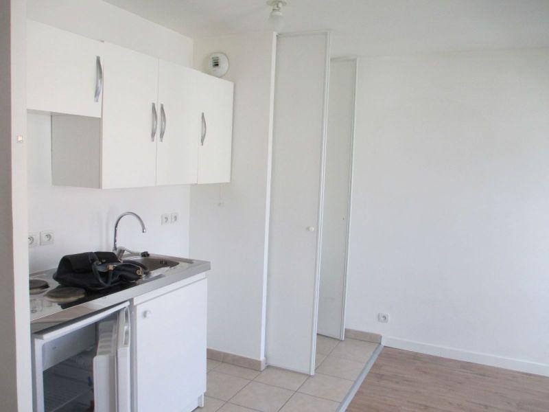 Appartement à louer 1 24.96m2 à Meaux vignette-3