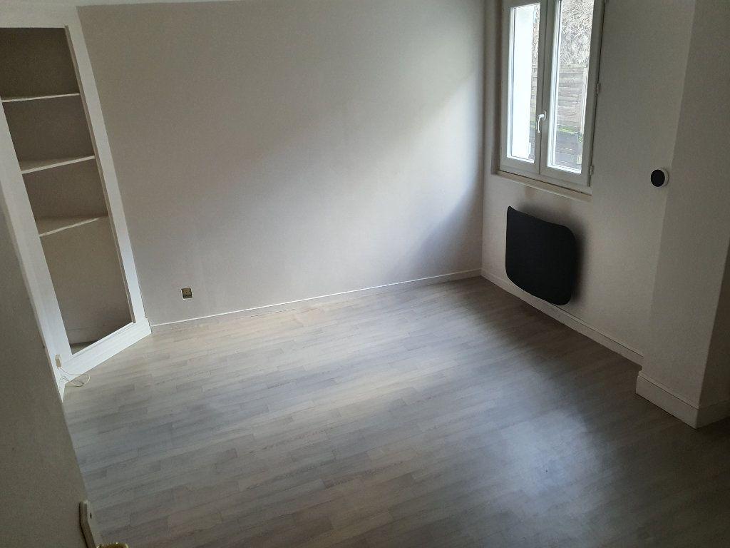 Appartement à louer 3 60.7m2 à Meaux vignette-4