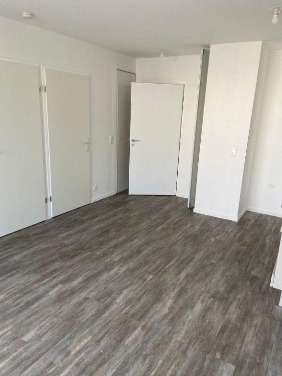 Appartement à louer 2 37.6m2 à Meaux vignette-3