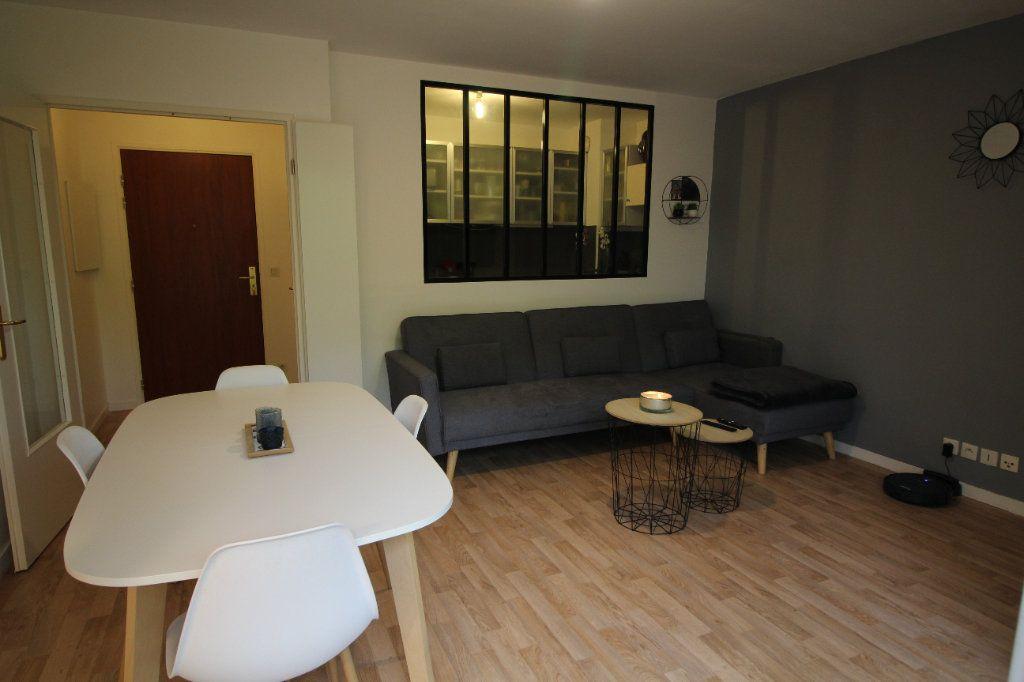 Appartement à louer 3 52.12m2 à Meaux vignette-2