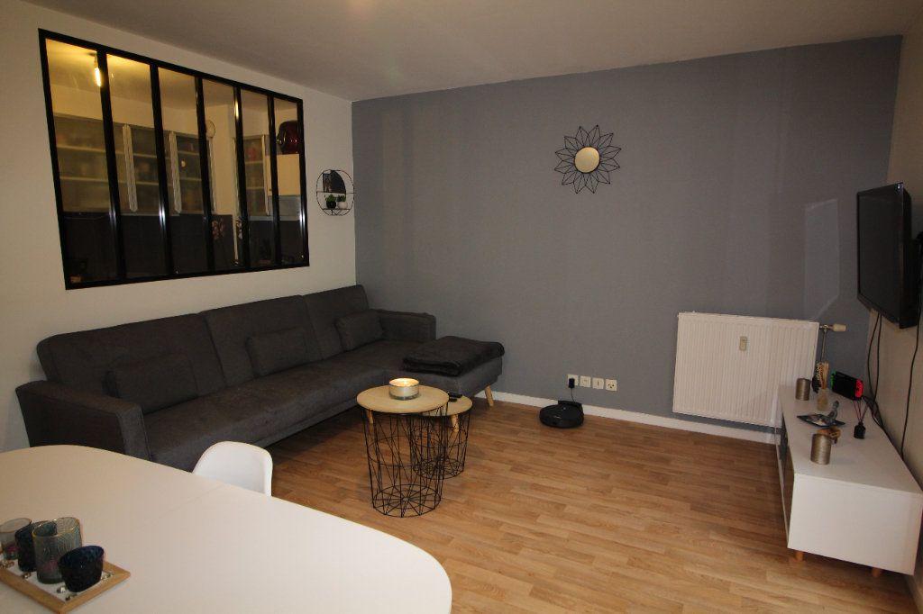 Appartement à louer 3 52.12m2 à Meaux vignette-4
