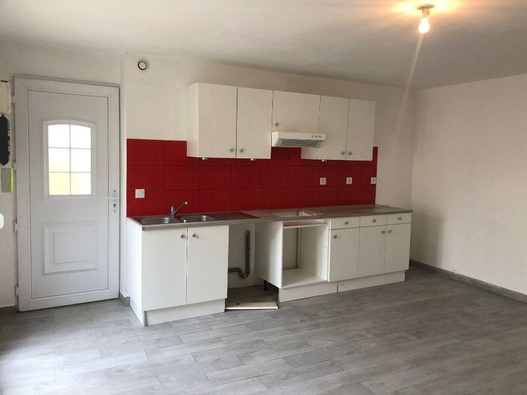 Maison à louer 2 42m2 à Mareuil-lès-Meaux vignette-2