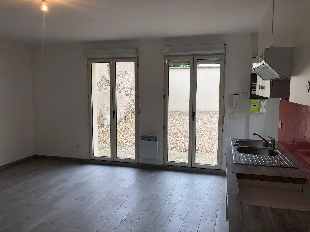 Maison à louer 2 42m2 à Mareuil-lès-Meaux vignette-3