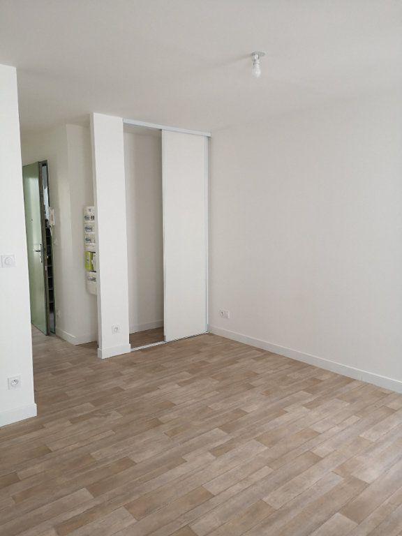 Appartement à louer 2 35.06m2 à Meaux vignette-2