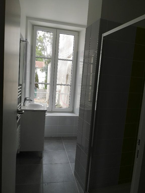 Appartement à louer 1 29.12m2 à Meaux vignette-4