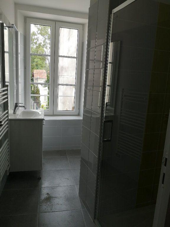 Appartement à louer 1 28.51m2 à Meaux vignette-2