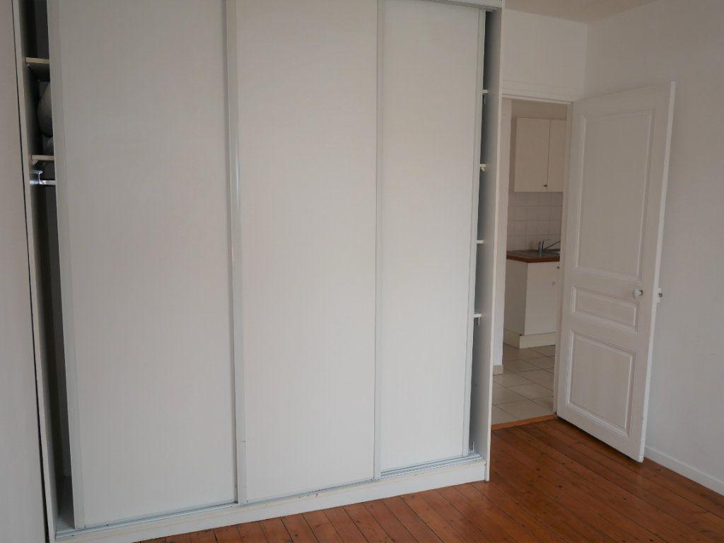Appartement à louer 2 34m2 à Meaux vignette-4