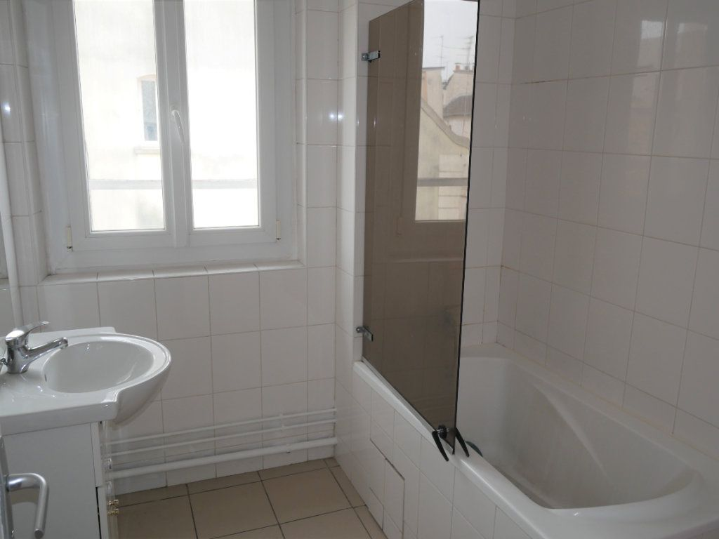 Appartement à louer 2 34m2 à Meaux vignette-6