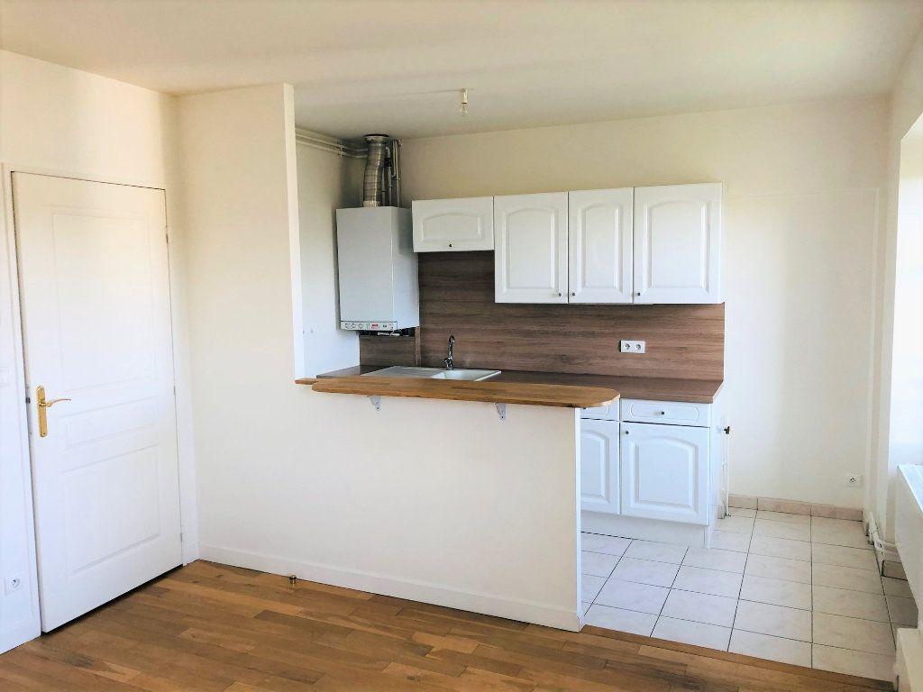 Appartement à louer 2 38.25m2 à Meaux vignette-1