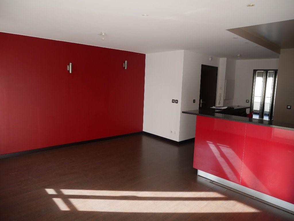 Appartement à louer 2 50m2 à Meaux vignette-1