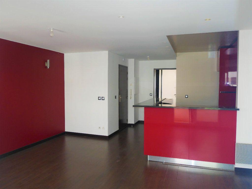 Appartement à louer 2 50m2 à Meaux vignette-4