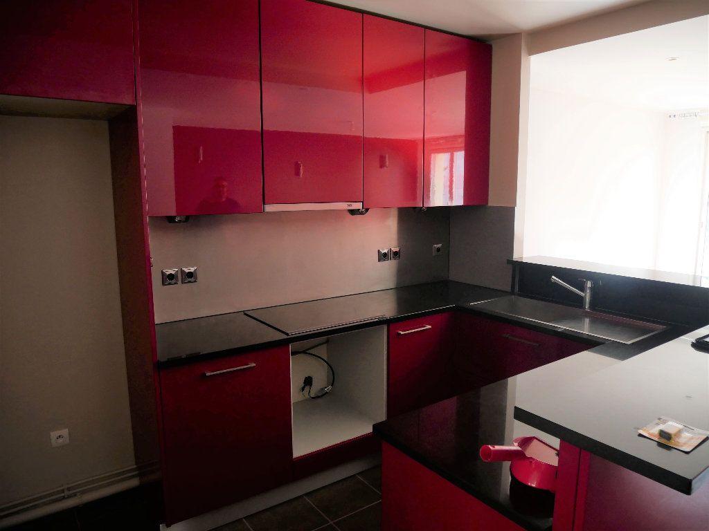 Appartement à louer 2 50m2 à Meaux vignette-5