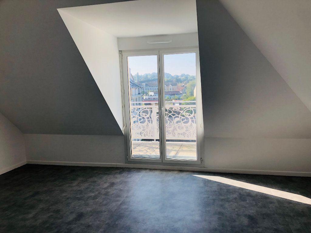 Appartement à louer 3 75.35m2 à Esbly vignette-4