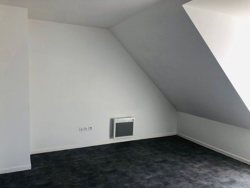 Appartement à louer 3 75.35m2 à Esbly vignette-5