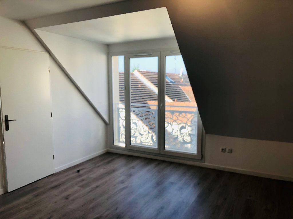 Appartement à louer 3 75.35m2 à Esbly vignette-7