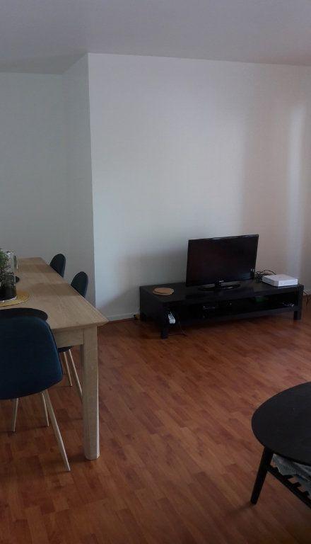Appartement à louer 2 53.94m2 à Chelles vignette-4