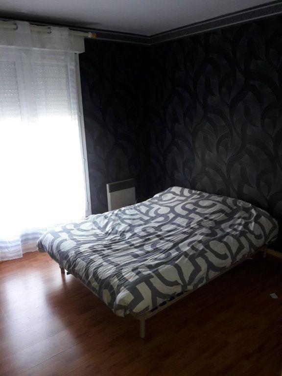 Appartement à louer 2 53.94m2 à Chelles vignette-5