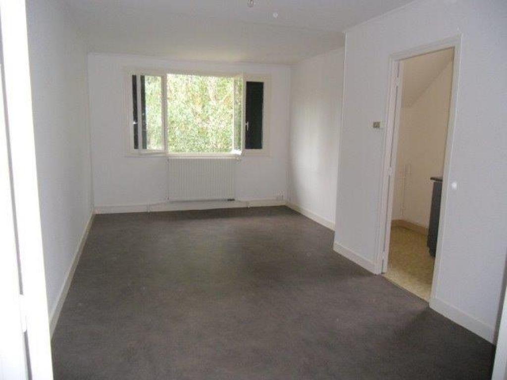 Appartement à louer 2 40m2 à Chelles vignette-3
