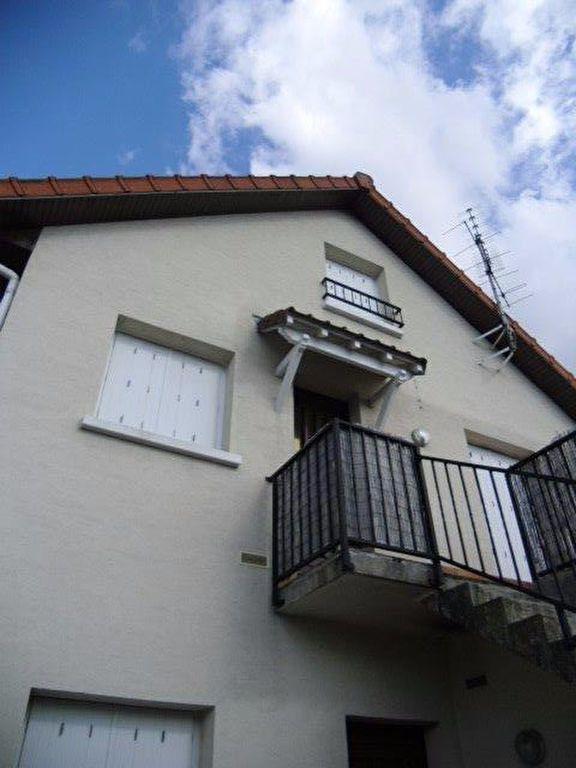 Appartement à louer 4 70m2 à Gagny vignette-1