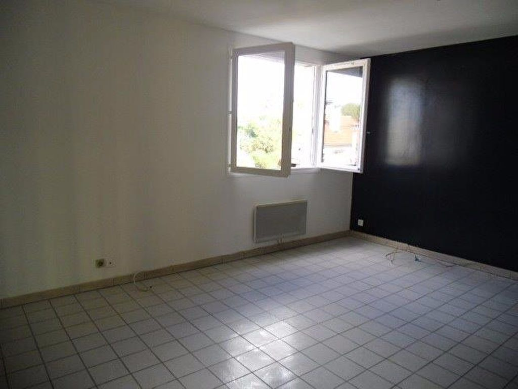 Appartement à louer 4 70m2 à Gagny vignette-4
