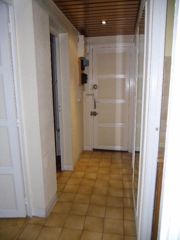 Appartement à louer 2 44.68m2 à Chelles vignette-2