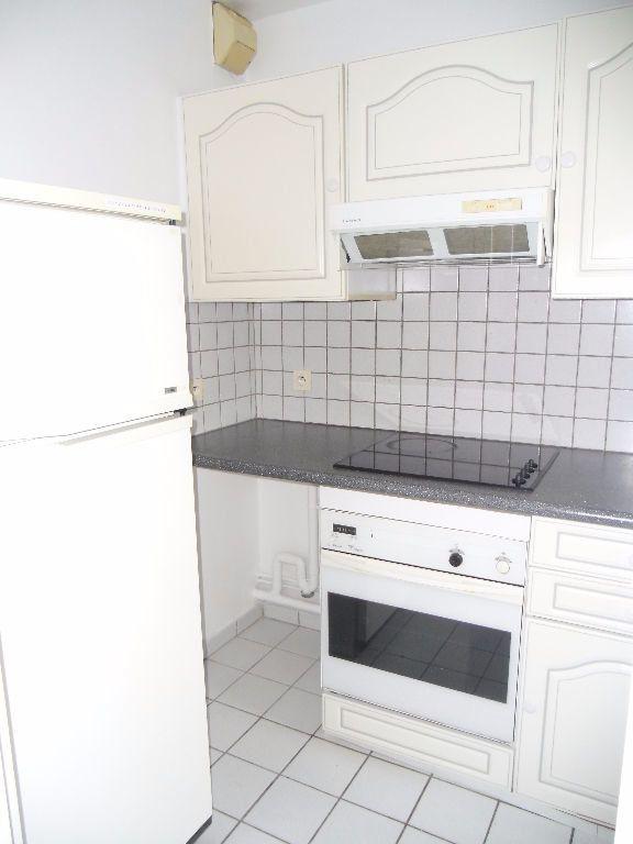 Appartement à louer 1 32.07m2 à Chelles vignette-5